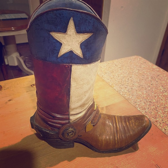 Texas Cowboy Cowgirl boot statue